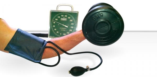 ¿Se puede Reducir la Presión Arterial con una Sesión de Musculación?