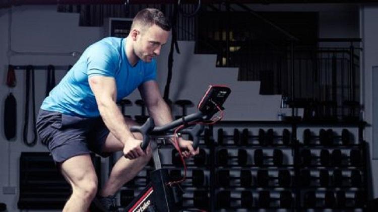 Efectos agudos del HIT de bajo-volumen sobre la fatiga muscular y el nivel de testosterona sérica