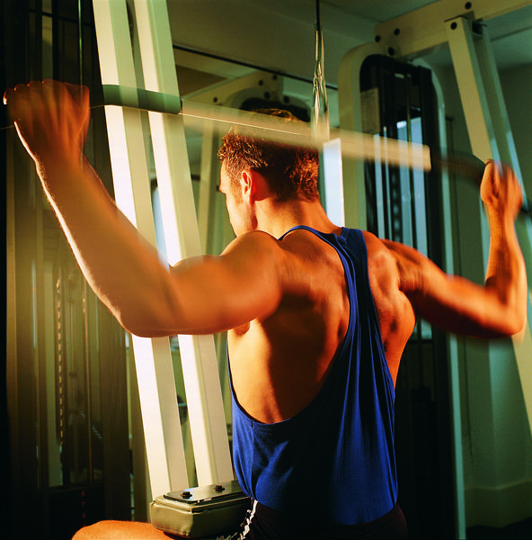 Electromyographic analysis of three different types of lat pull-down