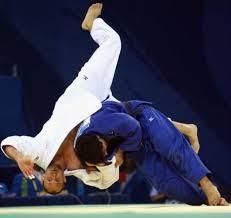 Condición muscular y estabilidad del tronco en judocas de nivel nacional e internacional