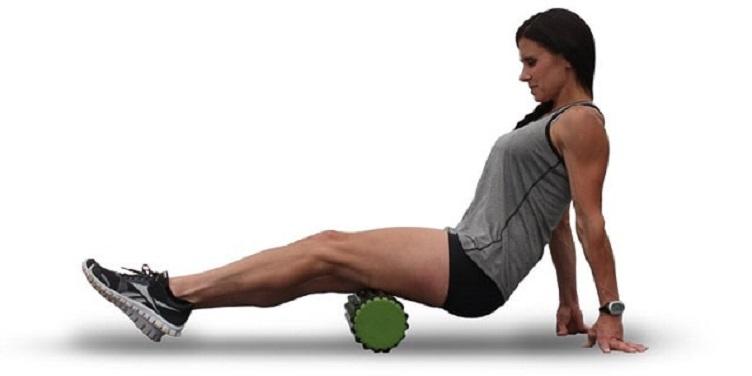 Efectos del 'foam rolling' sobre el rango de movimiento, torque pico, activación muscular, y proporciones de fuerza de isquiotibiales-cuádriceps
