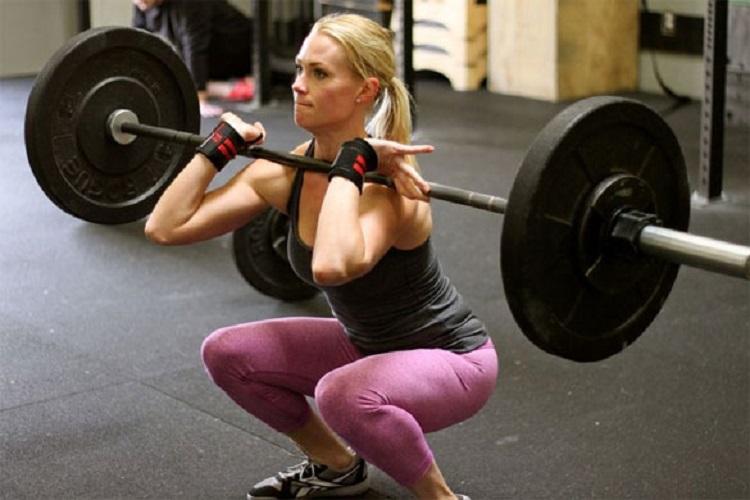 Patrones de activación muscular de la musculatura del tren inferior entre 3 ejercicios tradicionales de tren inferior en mujeres entrenadas