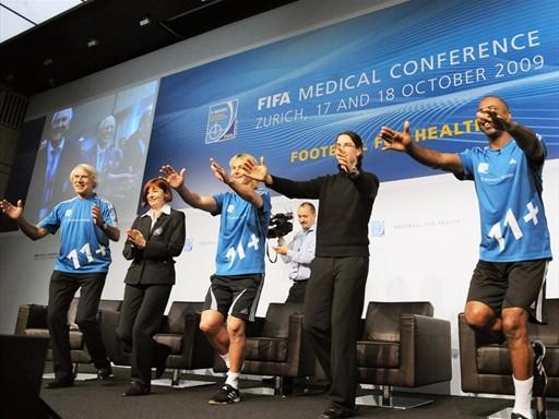 Los 11+ de la FIFA: Como abordar y convencer a las asociaciones de fútbol de invertir en prevención de lesiones.