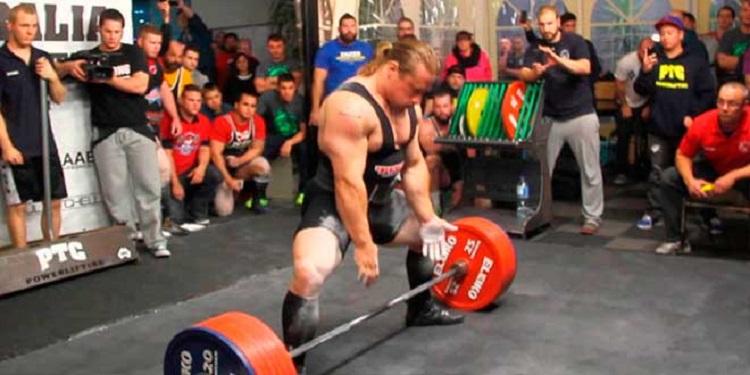 Diferencias en el rendimiento de fuerza entre atletas principiantes y de élite