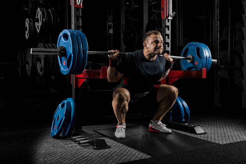 Efectos agudos y tardíos de una sesión de entrenamiento de la fuerza que provoca fallo muscular sobre respuestas mecánicas, metabólicas y perceptivas