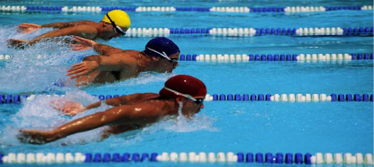 VOLUMEN E INTENSIDAD EN NATACIÓN. Observaciones sobre el entrenamiento HIT con reducción del volumen en nadadores.