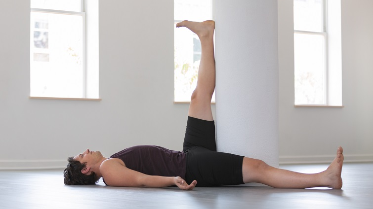 Efectos de un entrenamiento del estiramiento muscular en constante ángulo sobre la flexibilidad limitada de isquiotibiales