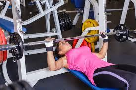 Cómo el ciclo menstrual puede incidir en el entrenamiento de fuerza en las mujeres.