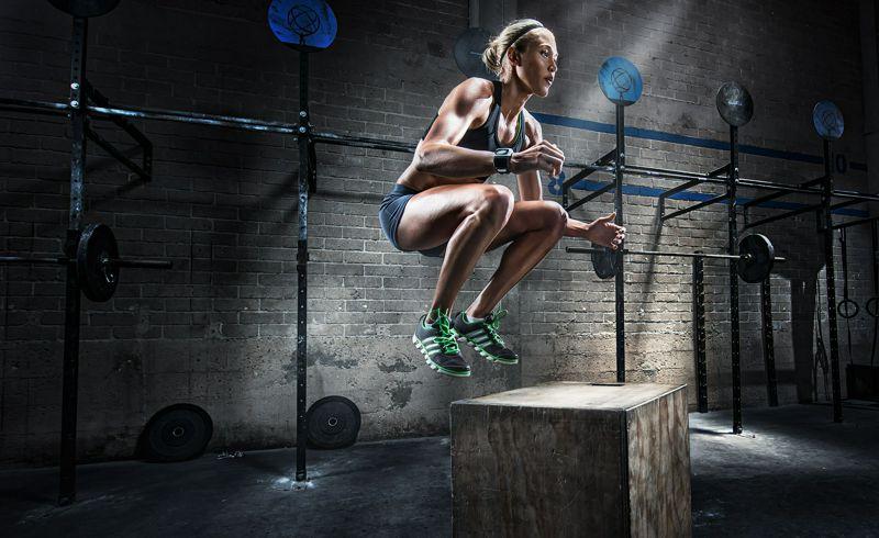 Mujer y ejercicio físico: Reflexiones e interrogantes en torno a los programas de acondicionamiento físico saludable (Fitness).