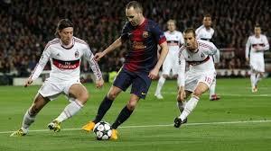 La evaluación del rendimiento en la aceleración y los cambios de dirección en futbolistas