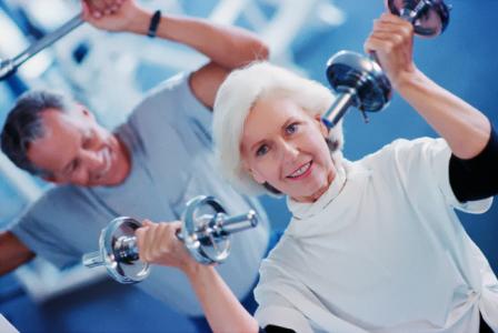 Entrenamientos funcionales frente a específicos en la prevención de caídas en las personas mayores