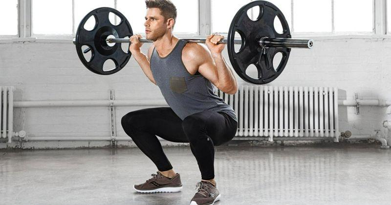 Comparación de la activación muscular y cinemática durante las sentadillas con barra atrás con peso libre con cargas diferentes